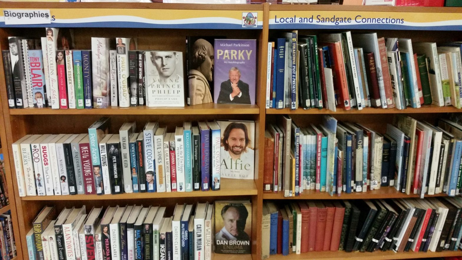 Sandgate Library Re-opens for Browsing
