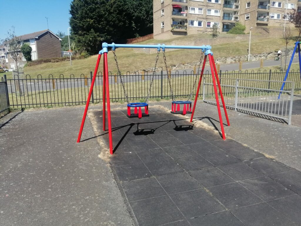 Swings / play equipment